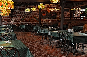 lantern_light_tavern_interior